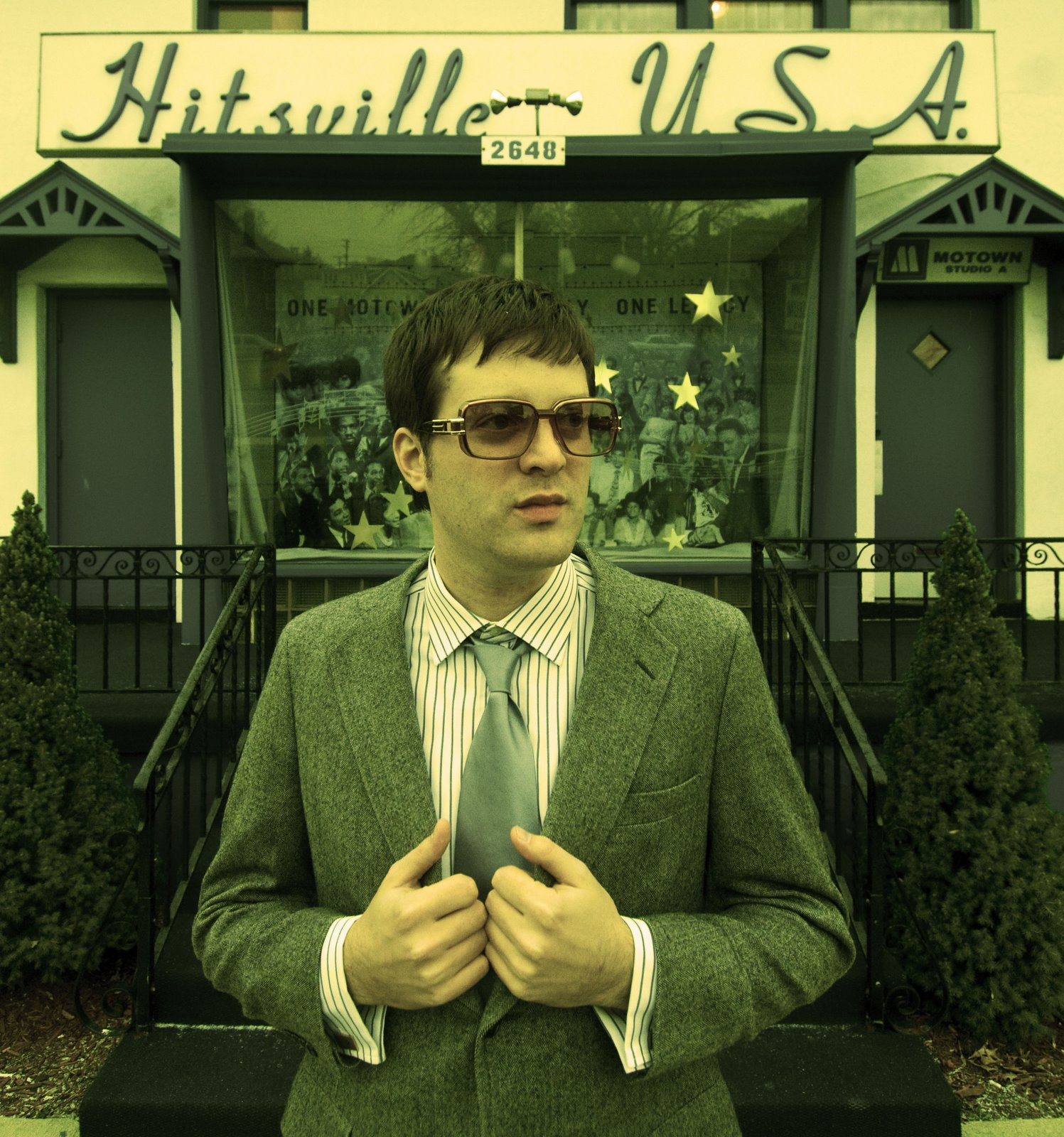 mayer_hawthorne_02_dusted_-_dmc_02281